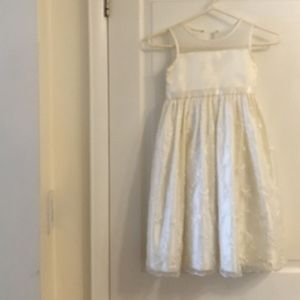 Girl's size 6 Dress by Cinderella